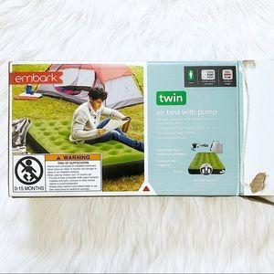 embark single high twin air mattress with pump
